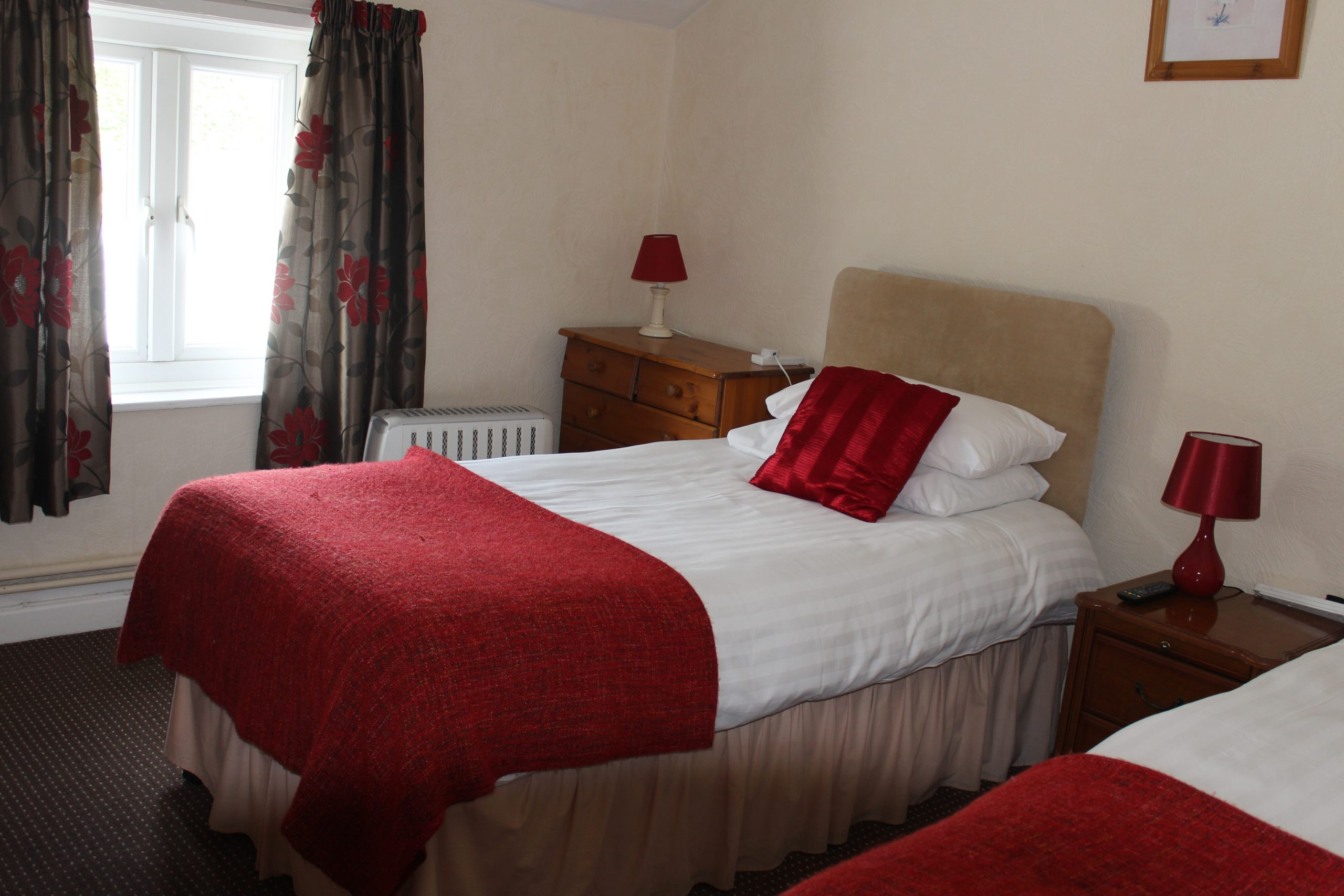 Single bedroom at Westwood Park Hotel in Welshpool.